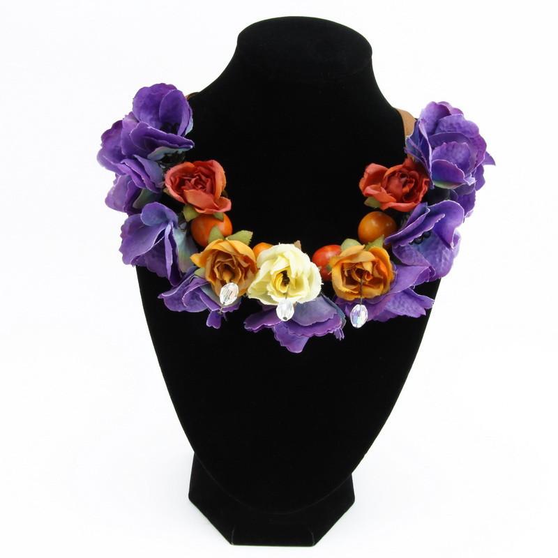 Kaklarota (Auduma ziedi, koka pērles)