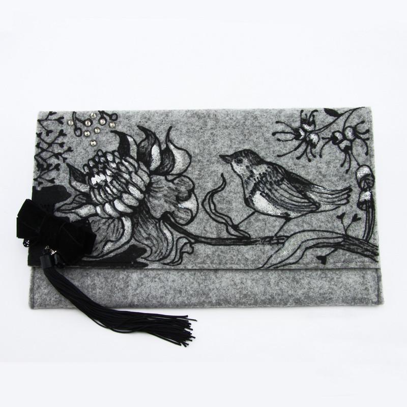 Hand bag (Gray felt with...