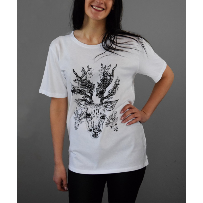 """T-shirt """"Deer with roses"""""""