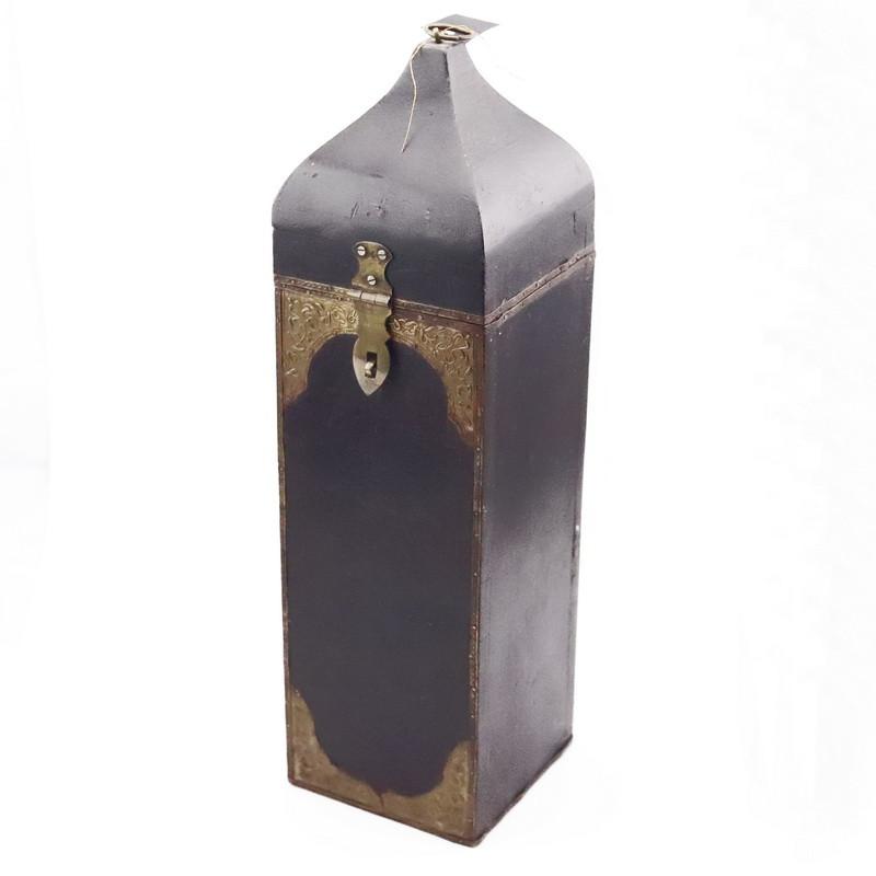 Wine box (Wood and metal)