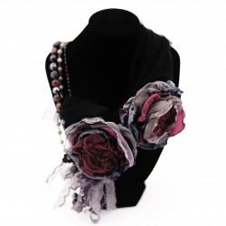 Flower Brooch Set with...