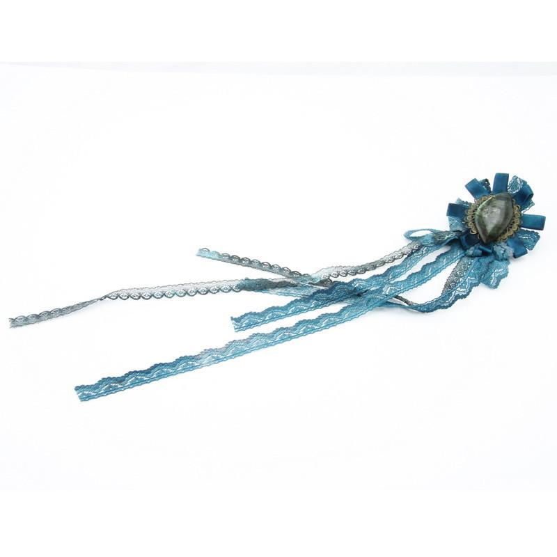 Broša (Zila satīna un mežģīņu zieds, labradorīts)